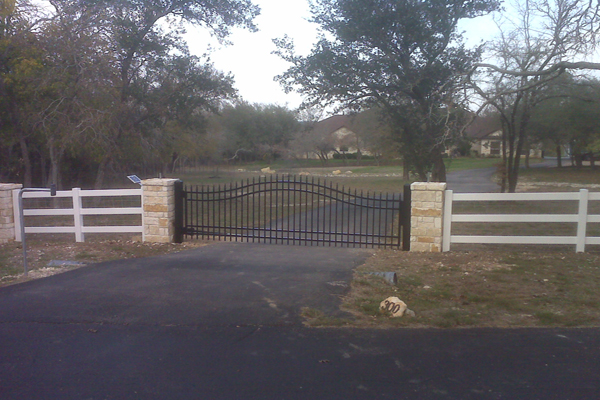 Custom Gate with Apollo Automatic Gate Opener