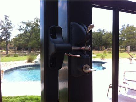Bolt On Key Lock Gravity Latch