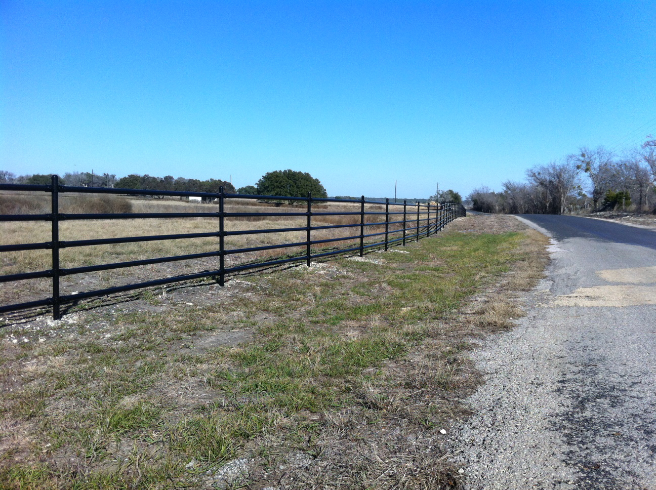 440  Pipe Fence - 20 year warranty on all materials.